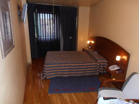 Exe Hotel El Magistral: Habitación