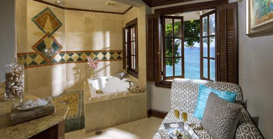Sandals Royal Plantation: Royal One Bedroom Estate Oceanfront Suite