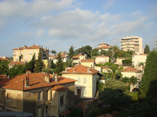 Excelsuites Hotel - Residence : vue du balcon