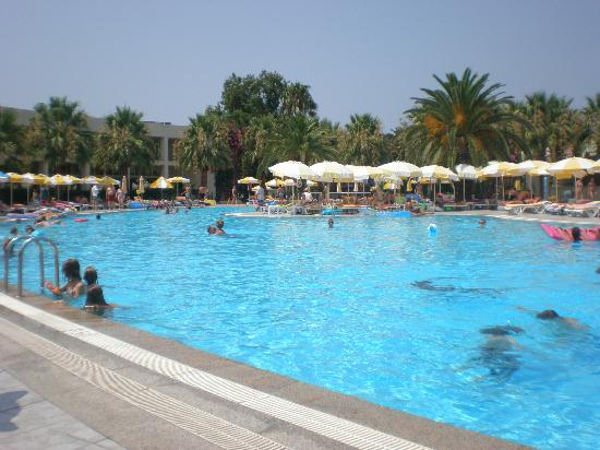 VONRESORT Golden Beach: piscine