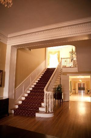 The Texas Federation of Women's Clubs: Foyer