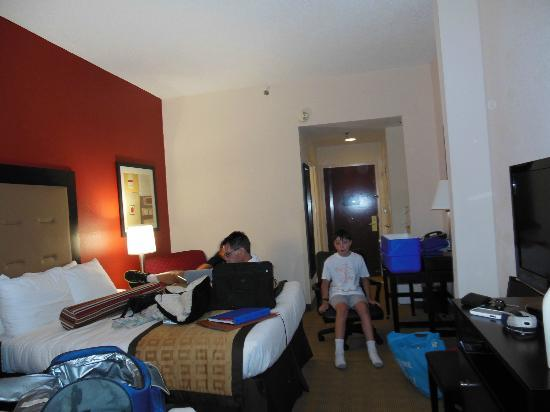 Wingate by Wyndham Macon : This was our nice cleanroom