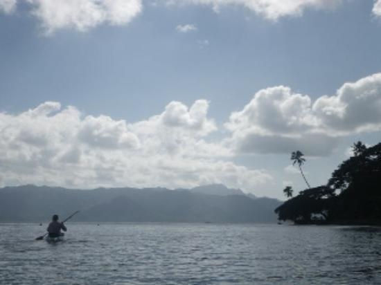 Daku Resort: Kayaking into Savusavu