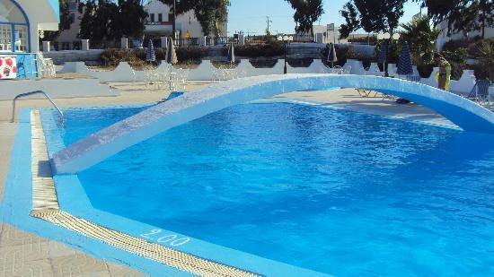 Hotel Lodos: the pool