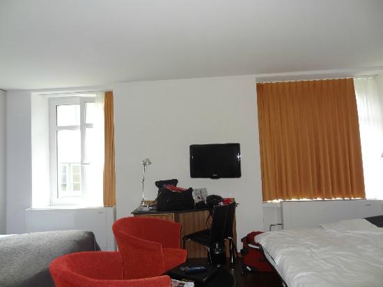 Sorell Hotel Rütli: overview of room