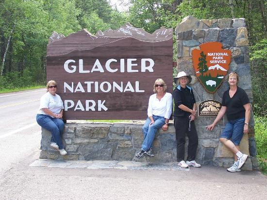 Glacier Campground: Entrance to Glacier National Park