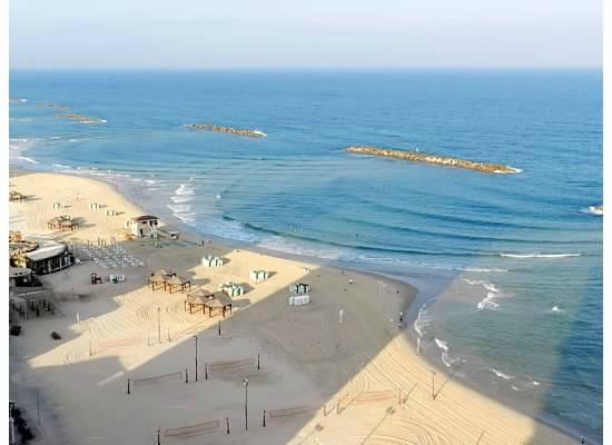 Herods Tel Aviv: View of beach from our room
