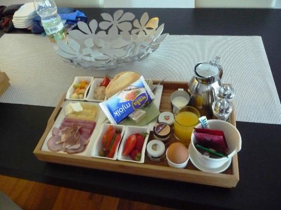 Suite Hotel Kahlenberg: Frühstück