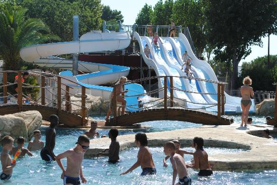 Camping les Peupliers : le parc aquatique