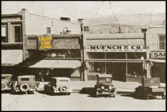 F.M. Light & Sons: Historic photo of Lincoln Avenue
