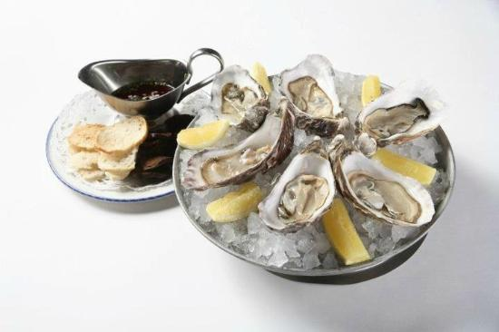 Fish House: Oysters Fin de Claire