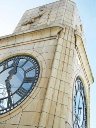 كوست ويلينجتون: Quest Wellington Clock Tower