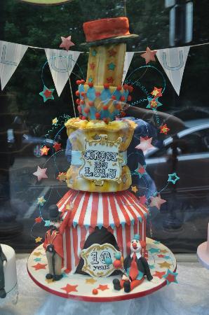 Lulu Cake Boutique: Fancy party cake