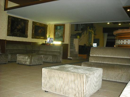 Scacciapensieri Hotel: sala de estar del  hotel