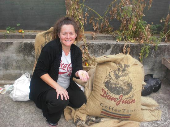 Don Juan Coffee Tour: Showing off the coffee beans