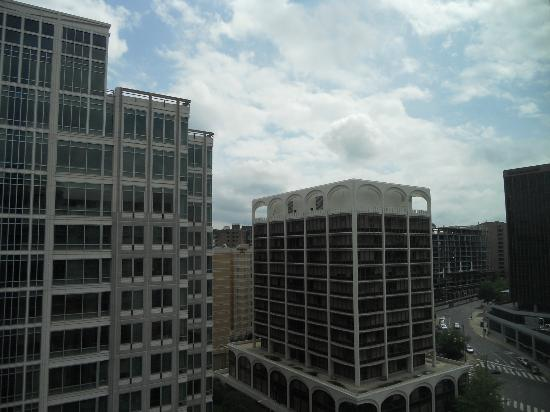 Hyatt Arlington: Not much of a view from any rooms, but I always like being high!