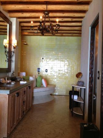 The Resort at Pedregal: room 124