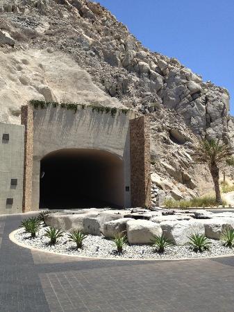 The Resort at Pedregal: Tunnel into Capella