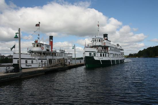 Muskoka Steamships: Segwun and Wenonah II