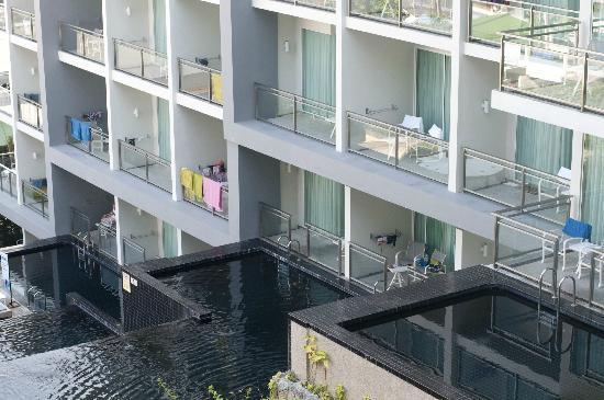 Sugar Palm Grand Hillside: Вид из отеля
