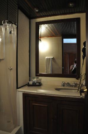 Hotel Arhuaco: Baño