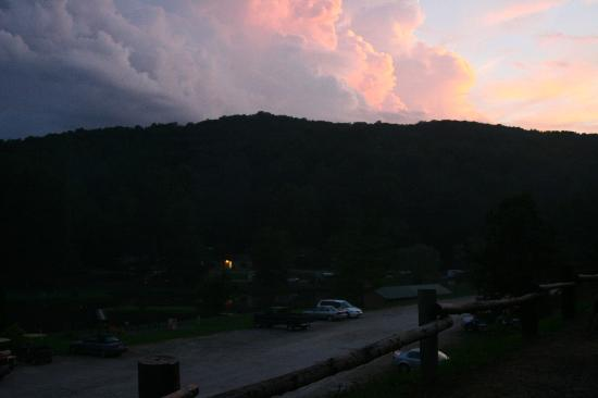 Hidden Creek Camping Resort: View of evening from cabin D-2