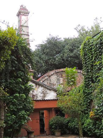 Hotel Hacienda de Cortes : Cortes' son had an viaduct constructed to bring water to the hacienda for sugar refining