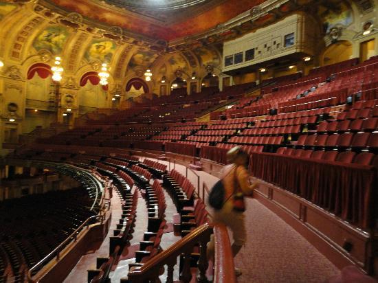 Balcony Photo De The Chicago Theatre Chicago Tripadvisor