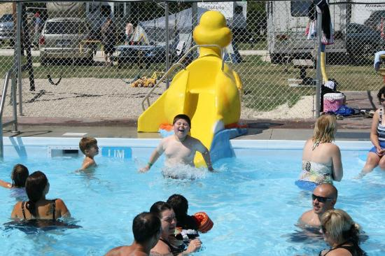 Rubber Ducky Resort and Campground: New kiddie pool