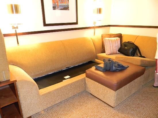 Hyatt Place Orlando Airport: Full queen bed