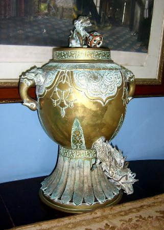 Greenwood Great House: Chinese Urn.