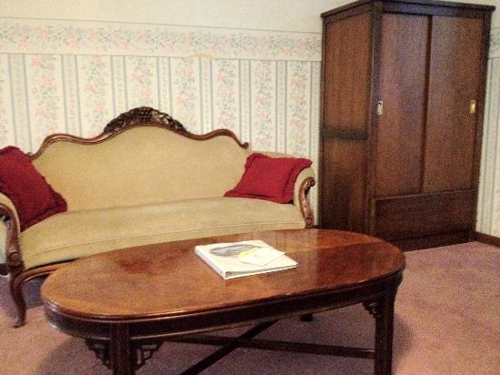 Sierra Nevada House: Sitting area Bridal Suite