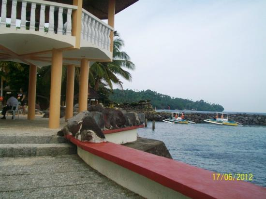 ‪‪Paras Beach Resort‬: View of Hotel shore side‬