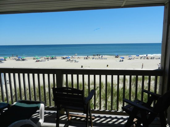 Wavecrest Oceanfront Resort:                   beach dune building room 122 only room to have bar height chairs giving u perf