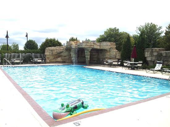 Bridgeport Resort: Bridgeport Waterfront Resort