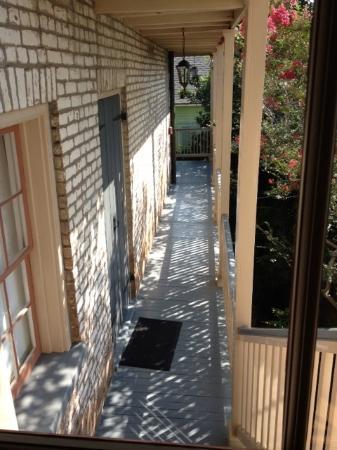 Monrose Row : Outside Room Three