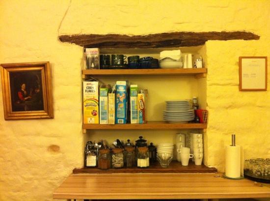 Meadow Cottage: thé café chocolat et céréales pour petit dej