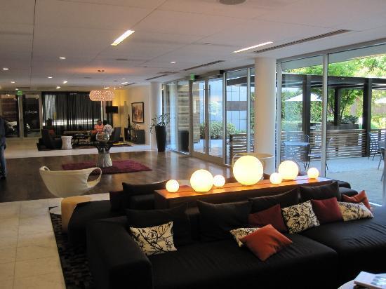 Hotel Modera: Lobby area
