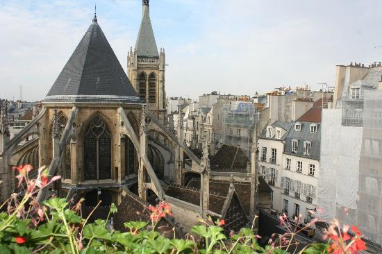Henri IV Rive Gauche Hotel: Our view from the hotel!!!!
