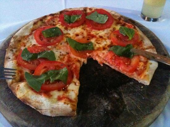 Hotel Kumala Pantai: beautiful pizzas in the Italian restaurant