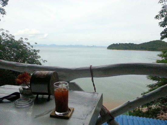 Panorama: The view from our table