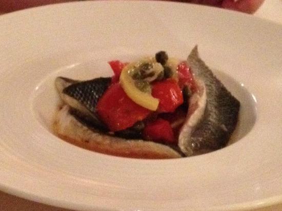 Met Restaurant: Traditional Seabass Acqua Pazza