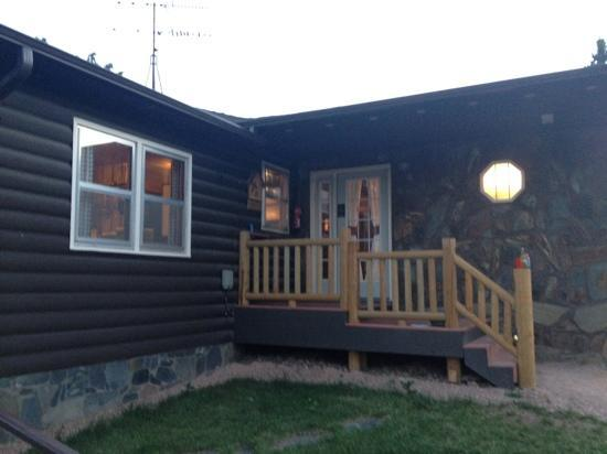 High Country Guest Ranch: original ranch house 5 bedroom 3 bath big deck and hot tub.