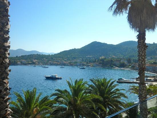 Lafodia Hotel & Resort: View at breakfast