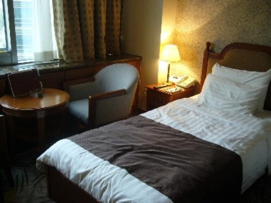 Hotel Riviera Seoul: room
