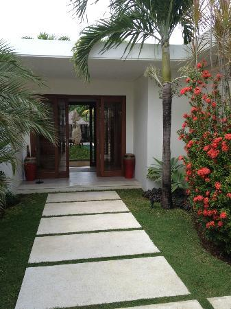 Saba Villas: Entrance