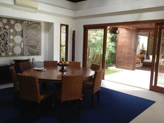 Saba Villas: Dining
