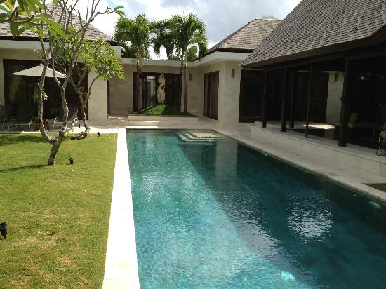 Saba Villas: Pool