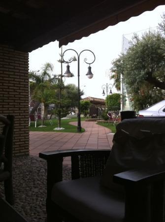 Hotel Mariantonia: desayunando