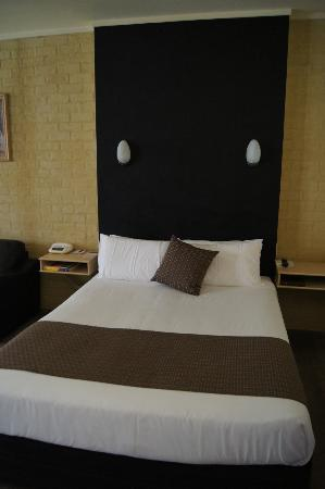 Madison Spa Resort - Adults Only: Beautiful clean rooms..love the bed